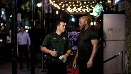 Vì sao cần phải thuê bảo vệ quán bar, quán cafe ?