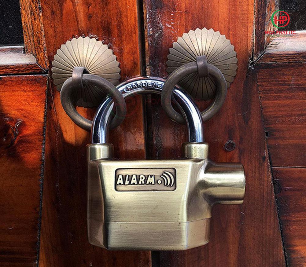 cách chống trộm vào nhà